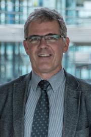 Le directeur de l'OFAC, Christian Hegner, s'en prend directement à la décision du Parlement