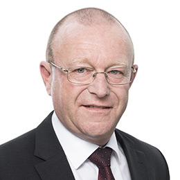Langue de radiotéléphonie à l'aéroport de Sion : l'OFAC va-t-il enfin appliquer la volonté du Parlement ?
